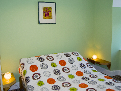 Photo of a Midthornliebank double bedroom